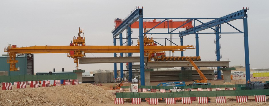 Riyadh Metro bridge span erector